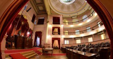 Diputados justicialistas no dieron quorum para aprobar la interpelación a la ministra Velázquez