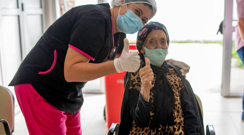 Cerca 240.000 entrerrianos y entrerrianas recibieron al menos una dosis contra el coronavirus